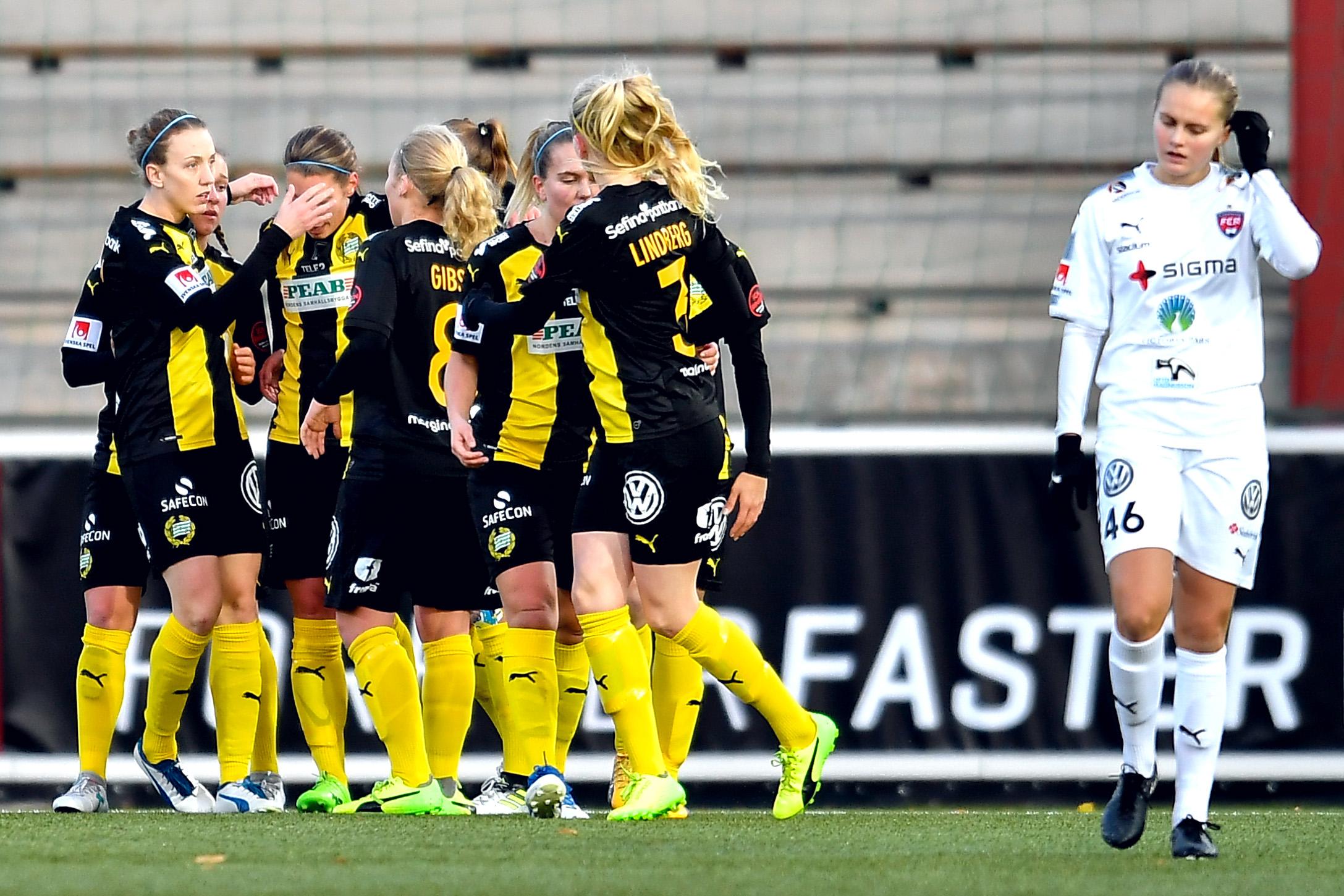 11 november, Rosengård-HIF 0-1 Visst, topplaget vilade ett antal stjärnor då man var mitt uppe i ett Champions League-dubbelmöte med Chelsea. Och visst, serien var avgjord, såväl upptill som nedtill. Men ändå var det såklart tydlig bragdstämpel på Hammarbys insats i slutomgången. Sund slog till åtta minuter in, när Sjöberg snappat upp ett försvarsmisstag – rospiggens första mål i serien. Bajen hotade med omställningar samtidigt som man agerade oerhört disciplinerat bakåt, en insats som åsamkade FCR första hemmaförlusten för säsongen. Och inte nog med att detta blev första bortasegern sedan återkomsten till Damallsvenskan – HIF, som ju länge låg pyrt till, klev dessutom upp på en sjundeplats. Allt som allt en fantastisk höst, som verkligen gav mersmak inför flytten tillbaka, till nya Hammarby IP. (Bildbyrån) Ekblom: Kändes tufft att ha Rosengård borta, inför sista matchen för säsongen. När vi åkte ur 2015 hade vi Piteå hemma, och lyckades få med oss ett kryss, vilket ju inte räckte. Skönt att vi då den här gången lyckades nolla Rosengård igen. En riktigt bra match av oss, precis som hemmasegern.