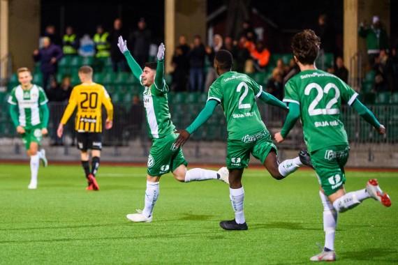 181114 Hammarbys AndrŽ Alsanati jublar med lagkamrater efter 2-0 under U21 finalen i fotboll den 14 november 2018 i Stockholm.  Foto: Dennis Ylikangas / BildbyrŒn / Cop 253