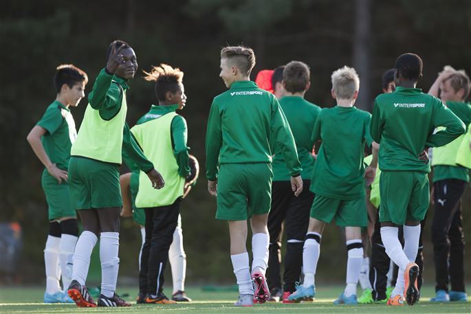 Du vet väl att du kan bidra till utvecklingen av Hammarbys ungdomsfotboll när du spelar via Svenska Spel - och när du handlar vardagliga varor om du gör köpen via Sponsra.se? Läs mer i artikeln!
