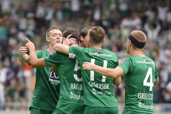 160730 Hammarbys spelare jublar med Philip Haglund  efter 0-1 under fotbollsmatchen i Allsvenskan mellan Gefle och Hammarby den 30 juli 2016 i GŠvle.  Foto: Linnea Rheborg / BILDBYRN / Cop 189
