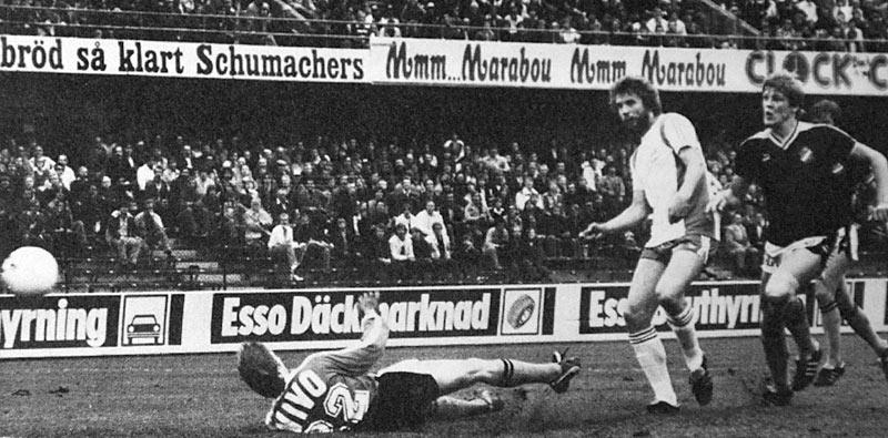 Matte Werner gör 1-0 mot AIK. (ur Hammarbys arkiv)
