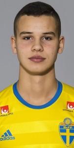 151211 Isaaq Raghe som spelar i P15/00-landslaget, poserar fšr ett portrŠtt den 11 december 2015 i Stockholm. Foto: Johanna Lundberg / BILDBYRN / kod JL / 135510