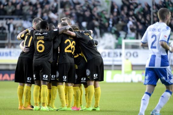 170426 Hammarby jublar efter 0-1 under fotbollsmatchen i allsvenskan mellan IFK Gšteborg och Hammarby den 26 april 2017 i Gšteborg. Foto: Line Skaugrud Landevik / BILDBYRN / Cop 219