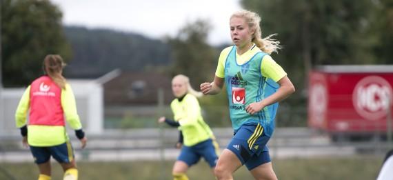 160916 Sveriges Maja Gšthberg under en trŠning med U20-landslaget i fotboll den 16 september 2016 i Uddevalla. Foto: Carl Sandin / BILDBYRN / kod CS / 57966