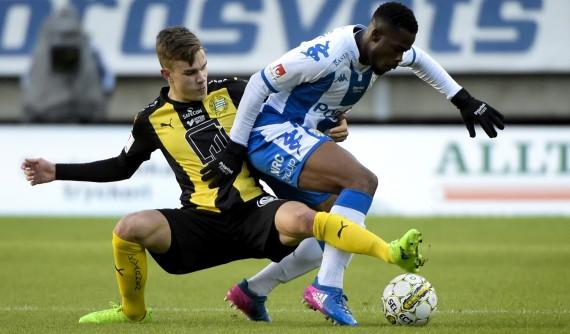 170426 IFK Gšteborgs Abdul Razak och Hammarbys Dusan Jajic under fotbollsmatchen i allsvenskan mellan IFK Gšteborg och Hammarby den 26 april 2017 i Gšteborg. Foto: Line Skaugrud Landevik / BILDBYRN / Cop 219