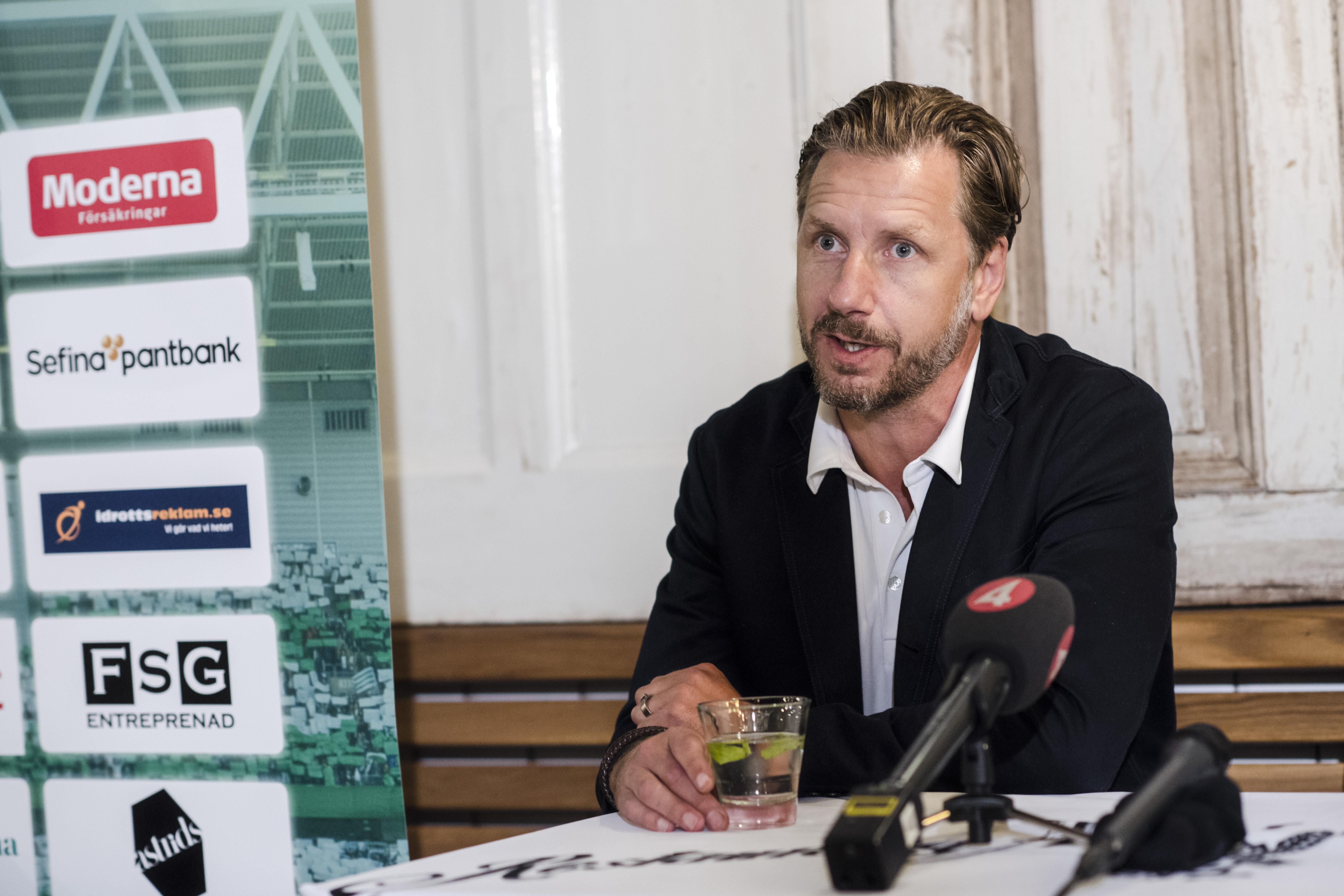 170630  Hammarby sportchef Jesper Jansson under en presskonferens pŒ restaurang Kvarnen den 30 juni 2017 i Stockholm. Foto: Simon HastegŒrd / BildbyrŒn / Cop 118