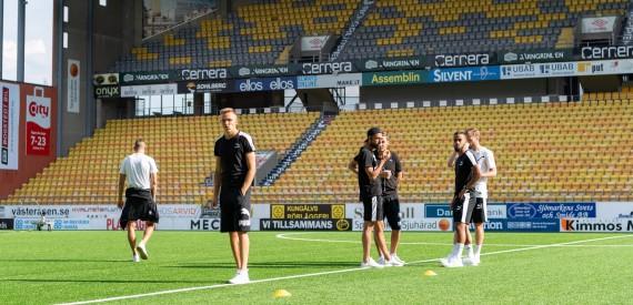 180716 Hammarbys spelare anlŠnder till BorŒs arena infšr fotbollsmatchen i Allsvenskan mellan Elfsborg och Hammarby den 16 juli 2018 i BorŒs. Foto: Jšrgen Jarnberger / BILDBYRN / Kod JJ / Cop 112